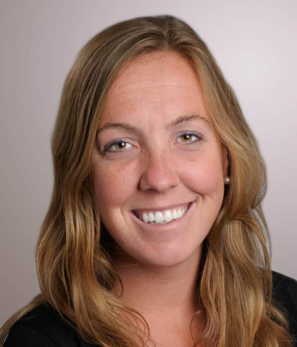 headshot of Laura Wareck